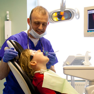 Simon_Welch_Fitz_Park_Dental_Practice_03